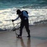 Using the right metal detector for the beach
