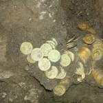 treasure hunting vacation gold coins Review